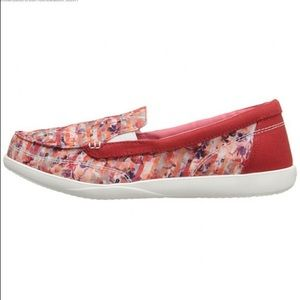 Crocs Walu II floral loafers size 7.5