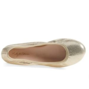 ruby & bloom Other - Ruby and bloom gold flats