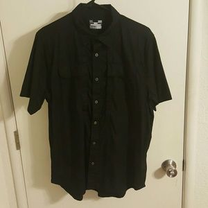 Under Armour Other - UNDER ARMOUR BUTTON UP SHORT SLEEVE