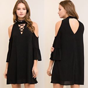 🆕CAYMIELYNN open shoulder dress -BLACK