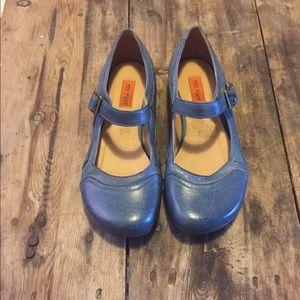 Miz Mooz Shoes - ❤️OFFER❤️Miz Mooz blue leather Mary Jane flats