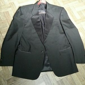 Pierre Balmain Other - Tuxedo.       WHY RENT?