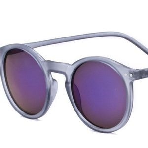 Other - Keyhole sunglasses 😎