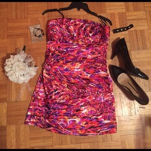 Snap Dresses & Skirts - ⭐️NWT⭐️ Vibrant print dress with matching earrings
