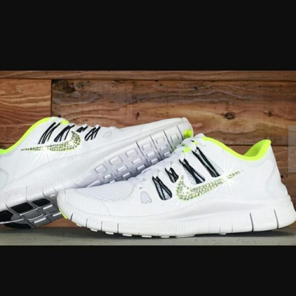 Nike Free Run 5.0 (not the glitter kicks!!) M 58e3ee726a58306323012624 d33a449e1