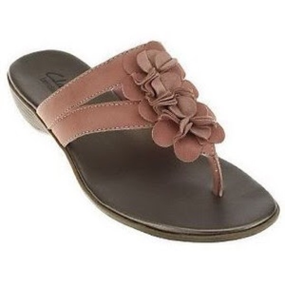 296547a4587 Clarks Shoes - Clarks Bendables Dusk Rio Leather Thong Sandals