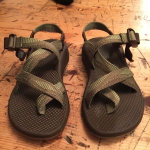 Chacos Shoes - Green and brown Chacos. Like New