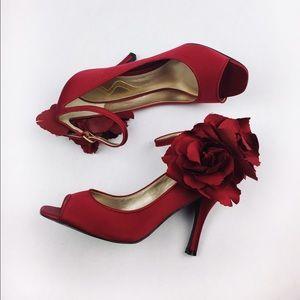 Nina Shoes - 🔥SALE🔥NINA RED ROSE OPEN PUMPS SIZE 8