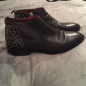 Massimo Dutti Shoes - Black leather and gold stud massimo dutti booties