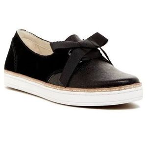 UGG Shoes - UGG Carilyn black suede sneaker bow flats