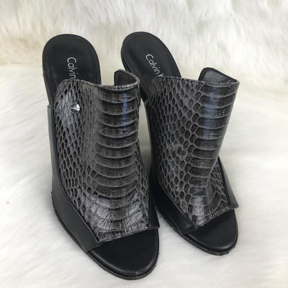 Calvin Klein Aloris slip on mules
