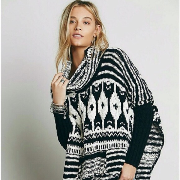 f8ada74c41 Free People Sweaters - Free People chunky knit black and white poncho