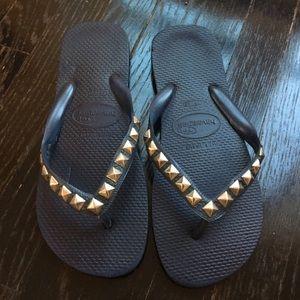 Havaianas Shoes - studded HAVIANAS flip flops