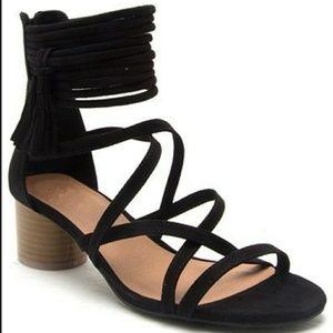 Shoes - Lucy Liu Black Sandals