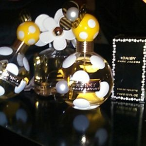 Marc Jacobs Other - Marc Jacobs Honey