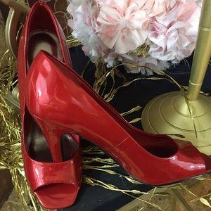 Apostrophe  Shoes - Apostrophe red hot shoes sz 7M