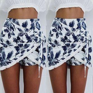Dresses & Skirts - FLASH SALE❗️Flower Wrap Mini Skirt