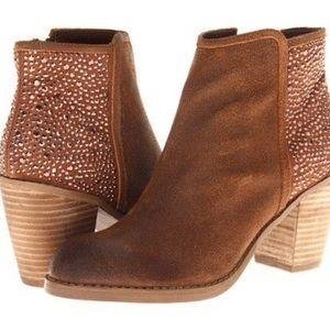 Carlos Santana Shoes - 💕SALE💕Carlos Santana Driskill Suede Stud Boot