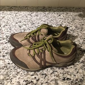 Chaco Shoes - Chaco hiking shoes