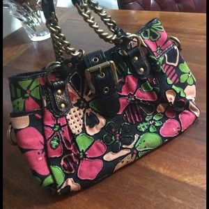 Isabella Fiore Handbags - Isabella Fiore embroiled large tote bag 🌺🌺