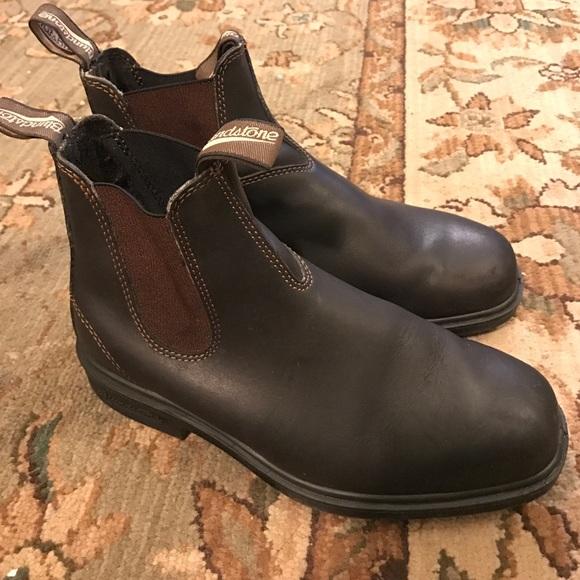 Blundstone women size 9 slip-on boot