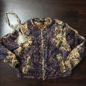 H&M Jackets & Blazers - Urban pattern H&M jacket