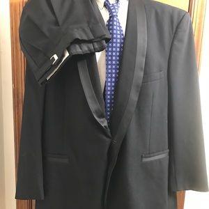 Perry Ellis Other - Perry Ellis black wool Tuxedo suit size 48L