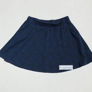 Joe B Dresses & Skirts - ADORABLE skirt flower print.  Size MEDIUM.