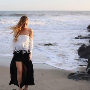 LAST ITEM black fly away maxi skirt