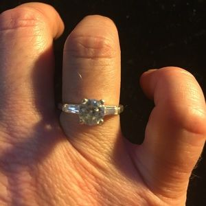 Jewelry - Sterling Silver Round Cut CZ Engagement 3.2g Ring
