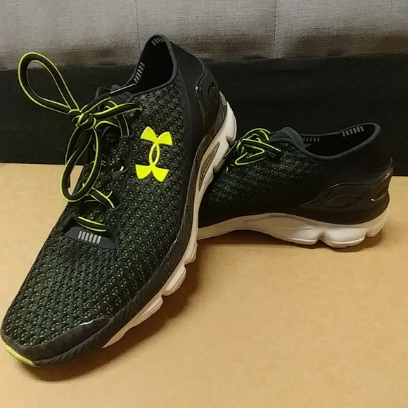 competitive price 1bd49 aed34 1daySale Underarmour gemini speedform charged