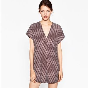 Zara Other - NWT XS Zara short geometric jumpsuit