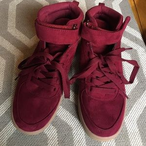 Shoes - Crimson High Top Sneakers - Size 6