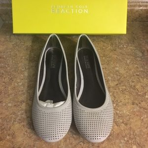Kenneth Cole Reaction Shoes - 🆕 Kenneth Cole Flats