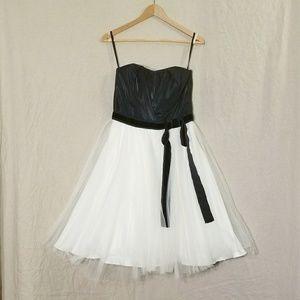 White House Black Market Dresses & Skirts - WHBM Black & White Dress