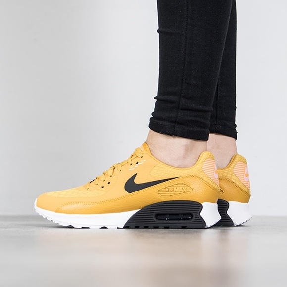 finest selection 0c192 932ee Nike Mustard Air Max 90 Ultra 2.0 Sneakers NWT