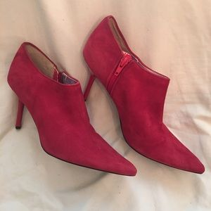 Beverly Feldman Shoes - Excellent Condition Beverly Feldman Booties 8 M