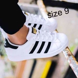 Adidas Shoes - NEW CASUAL SUPERSTAR WOMEN ADIDAS SNEAKERS size 9