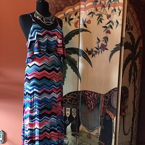 Beautiful Chevron Print Maxi Dress
