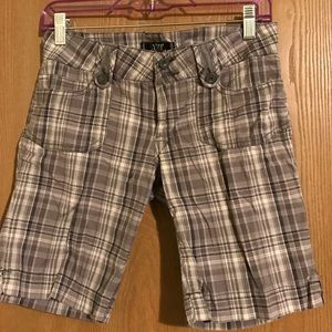YMI Pants - YMI Bermuda shorts