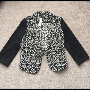 Ladakh Jackets & Blazers - NWT Ladakh Black and cream blazer sz lg