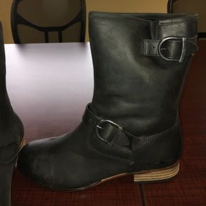 Wolverine Shoes - Wolverine women's 1883 black leather buckle boots