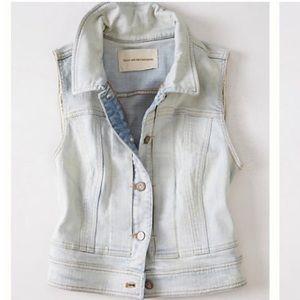 Anthropologie Jackets & Blazers - Anthropologie Pilcrow & the Letterpress Denim Vest