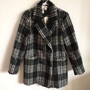 NWT Black & White Plaid Winter Coat Forever 21