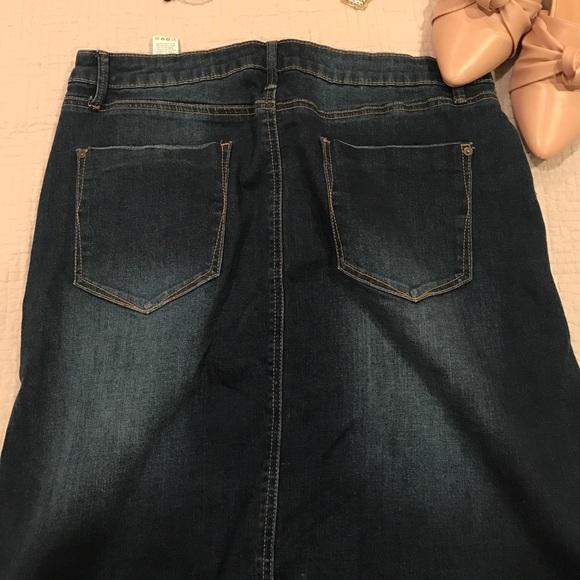 JustFab Skirts - Just Fab Denim Pencil Skirt