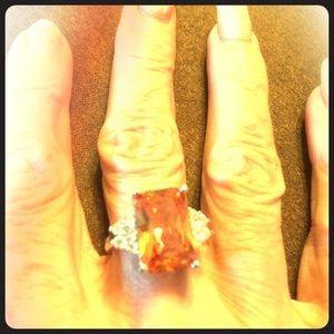 Accessory Collective Jewelry - Beautiful Morganite & white sapphire 925 ring