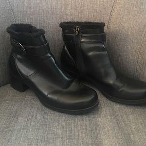 predictions Shoes - 🌷Black winter boots
