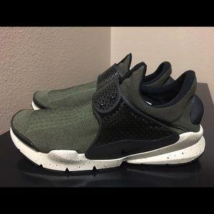 Nike Other - Nike SockDart SE Premium