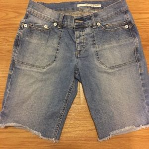 DKNY Pants - 30% Off Bundles DKNY Boyfriend Jeans