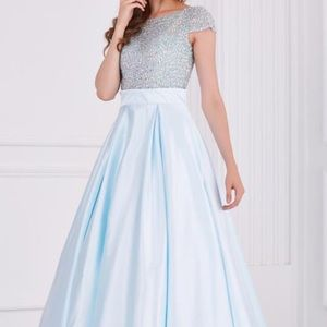 Angela & Alison Dresses & Skirts - Prom/Pageant Dress